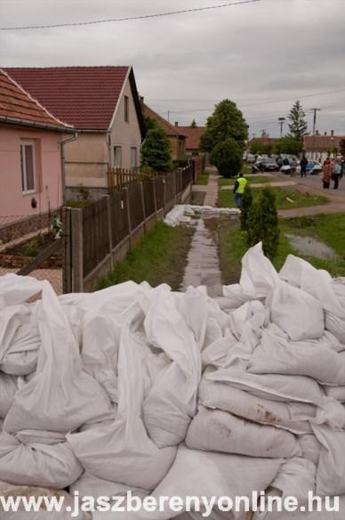Árad a Zagyva és a Tarna - Fotó: Jászberény Online / Terjéki Ákos