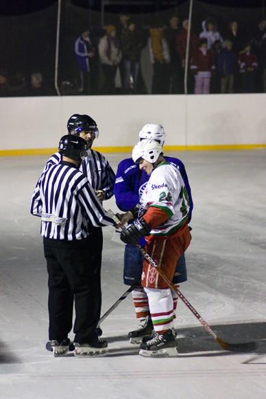 """Jászberény HC - """"Fradi öregfiúk"""" jégkorong meccs - Fotó: Jászberény Online / Gémesi Balázs"""