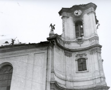 Az 1956. november 4-én leégett torony - 1956. november