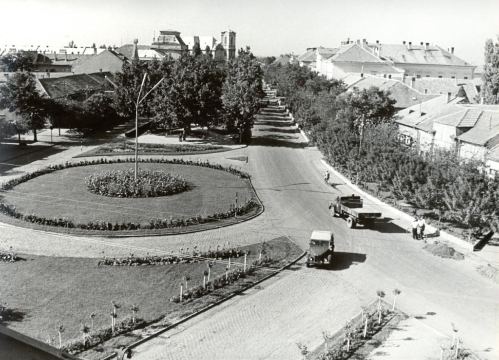 A Főtér látképe  - 1964. július