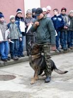 Nyílt nap kisiskolásoknak a Jászberényi Rendőrkapitánysgon - Fotó: Jászberény Online