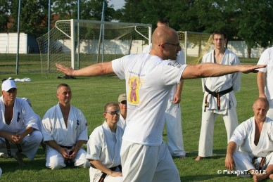 Shinkyokushin Harcművész Szövetség 1. Nyári Edzőtábora - Fotó: Fekete T.